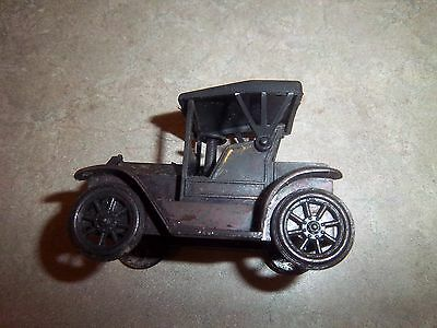 Vintage 1917 Ford Classic Car Miniature Model Die-Cast Metal Pencil Sharpener