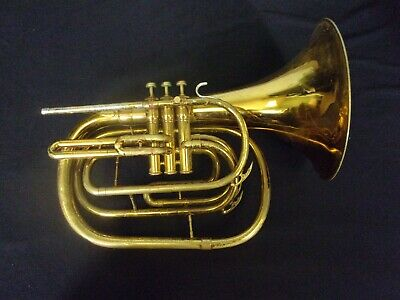 QUALITY CONN 134E U.S.A. MARCHING MELLOPHONE/MARCHING HORN + CASE
