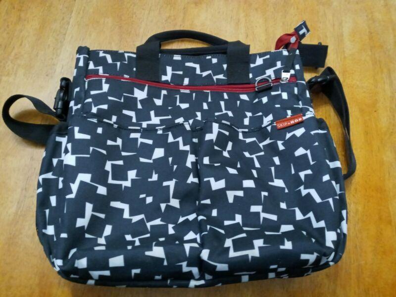 Skip Hop Messenger Diaper Bag Black And White