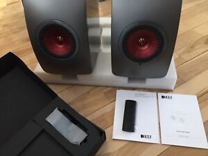 KEF LS50W ( digital System wireless speakers)
