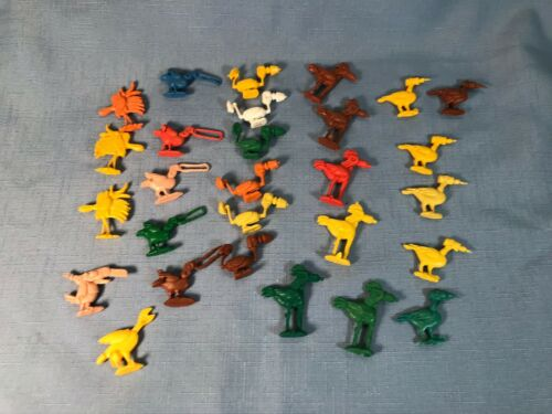 Toolee/Tooly Birds Vending Machine Gumball Prizes lot of 28 loose toys