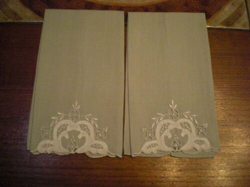Pair of Madeira MARGHAB? Linen Hand Embroidered Finger Tip Towels