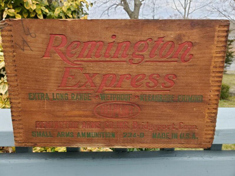 Vintage Remington Express Ammunition Crate 12 gauge Dovetailed Corners