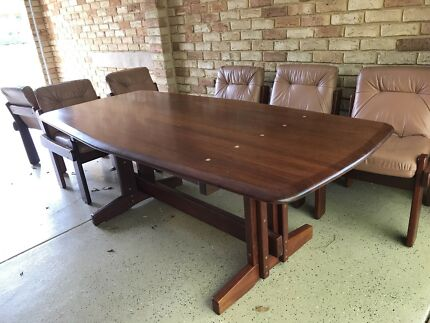 Hand Made Solid Jarrah Dining Table 6 Leathers Chairs 3500 Sell 850