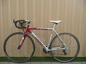 Like new road bike for sale Belmont Belmont Area Preview