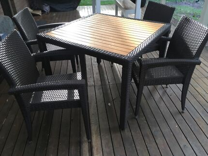 Rattan 5 piece table set
