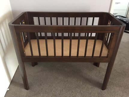 Bassinet with mattresses and linen Merewether Newcastle Area Preview
