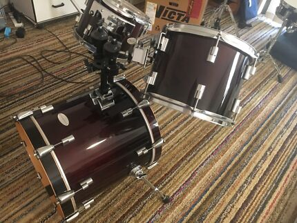 Like new Series 4 Drumcraft Jazz Kit with Sabian Cymbals