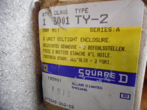 SCHNEIDER ELECTRIC SQUARE D -- 2 HOLE OILTIGHT ENCLOSURE - FORM M11 -- 9001-TY-2