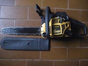 McCulloch 2214AV 2 stroke chainsaw Condell Park Bankstown Area Preview