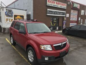 2010 MAZDA TRIBUTE S  - LOADED AWD $9495.00 CERTIFIED