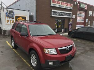 2010 MAZDA TRIBUTE S  - LOADED AWD $9995.00 CERTIFIED