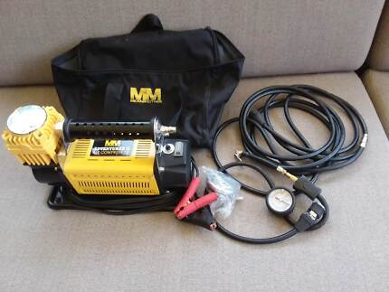 Air Compressor Mean Mother Adverturer 11 portable 12V