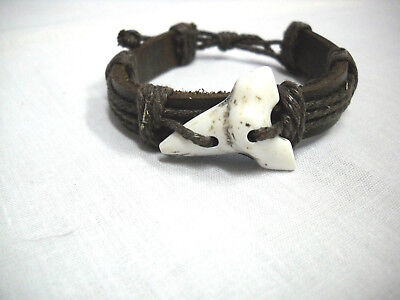 NEW THICK BROWN LEATHER with WHITE RESIN SHARK TOOTH ADJ CORD BRACELET JAWS SURF - Shark Tooth Bracelet