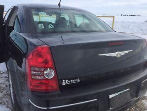 Chrysler 300 touring.