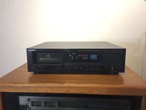 SONY CDP-C910 CD Player - 10 Disc - Made in Japan
