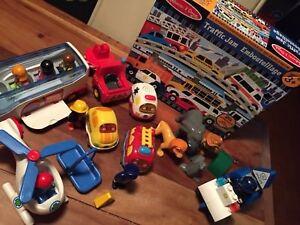 Lot mixte jouets 3-5 ans PLAYMOBIL 1-2-3, puzzle M&D et divers