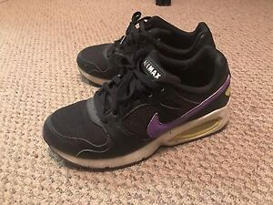 Women Size 8 Nike air max shoes