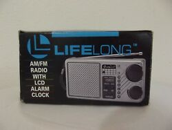 LIFELONG AM/FM RADIO WITH LCD ALARM CLOCK ~ Model 845 Vintage