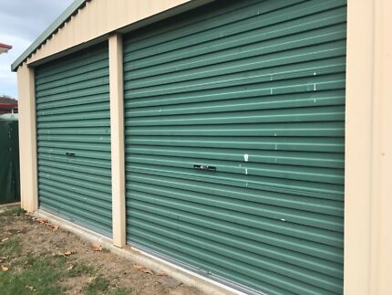 Garage doors in good condition Strathpine Pine Rivers Area Preview