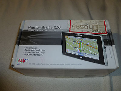 """BOXED MAGELLAN MAESTRO 4250 GPS UNIT PORTABLE 4.3"""" TOUCH SCREEN BLUE TOOTH VOICE"""