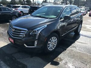 2017 Cadillac XT5 Luxury ONE OWNER, NAVIGATION, PANORAMIC SUN...