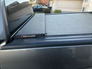 Roll N Lock tounneau cover for double cab truck