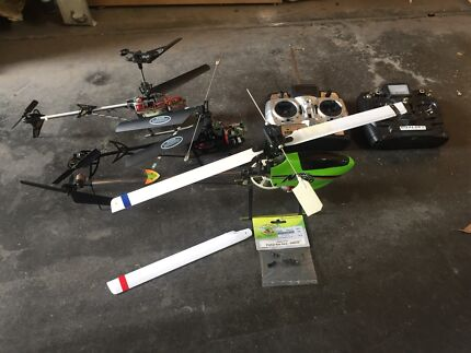 Assorted rc helicopter parts