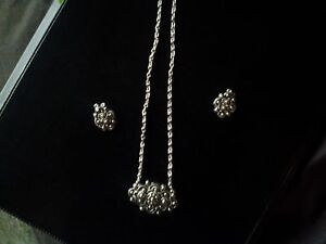 AUTHENTIC SARAH COVENTRY SILVER NECKLACE & EARRINGS