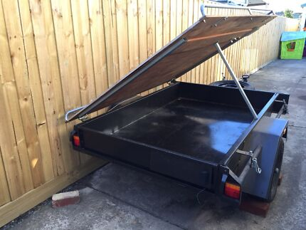 Trailer 4 x 6 with marine plywood opening lid Yarraville Maribyrnong Area Preview