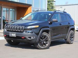 2016 Jeep Cherokee Trailhawk 4X4 | V6 | HEATED LEATHER | BACK...
