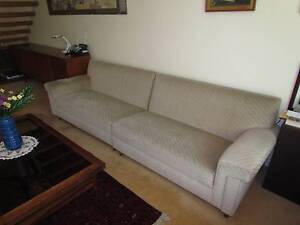 Lovely Sectional Sofa (2-piece) Woollahra Eastern Suburbs Preview