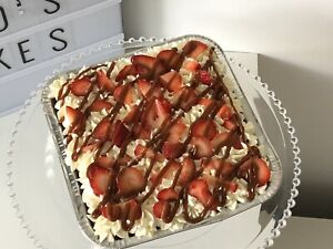 Tres leches Cake Dulce de leche & strawberry topping 8inx8in