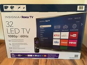 "32"" LED TV w/ ROKU"