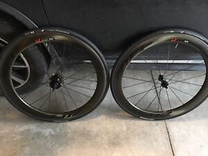 Zipp 404 Firecrest Clincher - AMAZING CONDITION