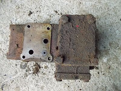 Farmall 560 Tractor Good Working Hydraulic Valve Tower Side Brace Valve