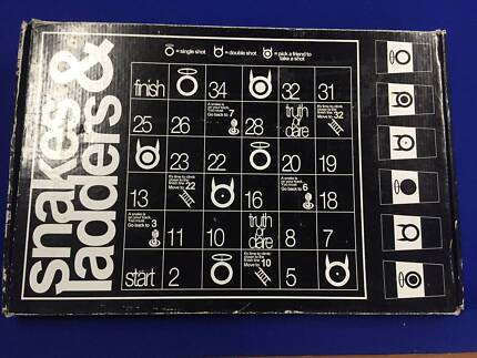 **Snakes & Ladders ADULTS Drinking Board Game**