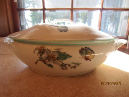 Haviland & Co. Limoges covered vegetable dish