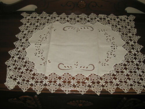 Vintage Handmade Table Runner  Centerpiece Lace Cotton Desktop Decor Cover