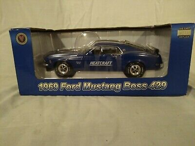 Heatcraft 1:24 Scale 1969 Ford Mustang Boss 429 Crown Premiums Die Cast Model