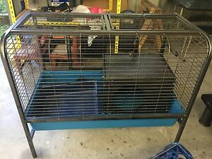 Rabbit / Guinea Pig Hutch Bensville Gosford Area Preview