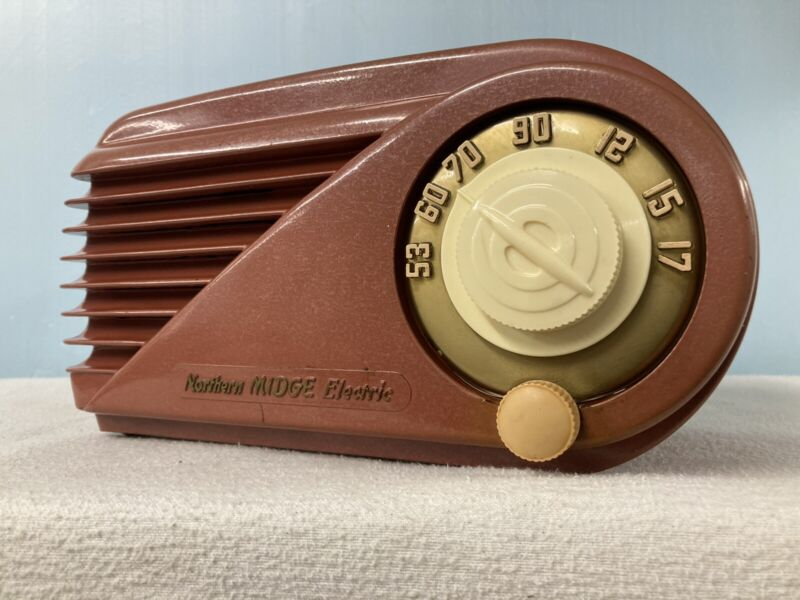 """Northern Electric 5508 """"Bullet"""" Tube Radio With Bluetooth & FM Options"""