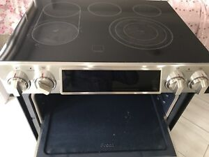 Electric Range with touch screen controls - Samsung. For sale