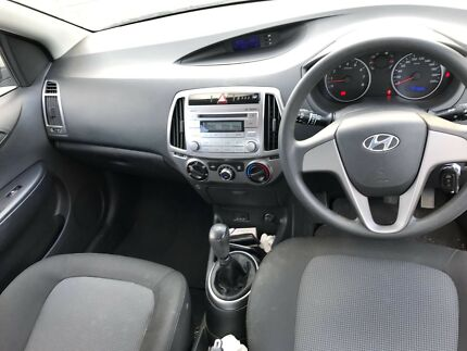 Hyundai i20 with long rego & RWC