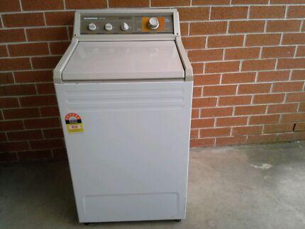 Simpson Washing Machine.  Elderslie Camden Area Preview