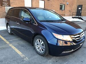 Honda odyssey 2015 EX-L Nav with sunroof leather 8passenger