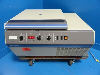 Beckman Coulter 358723 Spinchron R Centrifuge W/ Buckets & Rotor ~15911