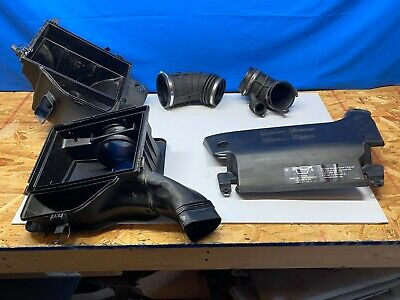 Air Cleaner Box Assembly BMW 330 CI 3.0L Engine Air Cleaner Motor Air Intake OEM
