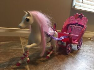 Kids toys - Princess and the pop star Barbie horse and carriage.