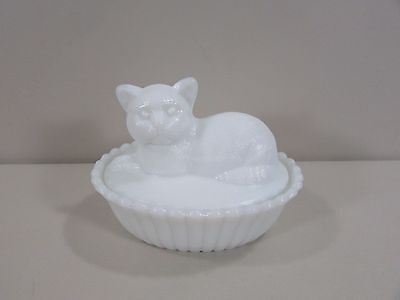 Westmoreland Milk Glass Covered Cat Candy Dish